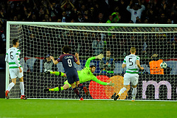 November 23, 2017 - Paris, France - Paris SG Striker CAVANI EDINSON in action during the Champions League group B soccer match Paris SG against Celtic Glasgow FC at the Parc des Princes Stadium in Paris. Paris SG beats Celtic Glasgow 7-1 (Credit Image: © Pierre Stevenin via ZUMA Wire)