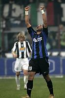 Milano 28-11-04<br /> <br /> Campionato di calcio Serie A 2004-05<br /> <br /> Inter Juventus<br /> <br /> nella  foto Adriano esulta dopo il suo gol<br /> <br /> Adriano Inter celebrates goal of 2-2<br /> <br /> Foto Snapshot / Graffiti