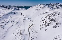 THEMENBILD - die Strasse und das Hochtor in der mit Schnee bedeckten Berglandschaft der Hohen Tauern . Die Hochalpenstrasse verbindet die beiden Bundeslaender Salzburg und Kaernten und ist als Erlebnisstrasse vorrangig von touristischer Bedeutung, aufgenommen am 27. Mai 2020 in Fusch a.d. Glstr., Österreich // the road and the Hochtor in the snow-covered mountain landscape of the Hohe Tauern. The High Alpine Road connects the two provinces of Salzburg and Carinthia and is as an adventure road priority of tourist interest, Fusch a.d. Glstr., Austria on 2020/05/27. EXPA Pictures © 2020, PhotoCredit: EXPA/ JFK