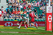 Twickenham, United Kingdom 25th May 2019 HSBC London Sevens, USA's Perry BAKER, touches down for the USA, during the Pool D game USA vs Wales, played at  the  RFU Stadium, Twickenham, England, <br /> © Peter SPURRIER: Intersport Images<br /> <br /> 13:15:22 25.05.19