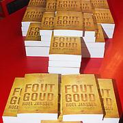 NLD/Amsterdam/20140220 - Boekpresentatie Fout Geld in De Nederlandse Bank, stapel boeken