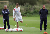 Photo: Paul Thomas.<br /> England training at Carrington. 30/08/2006. <br /> <br /> <br /> (L to R) Terry Venables, Steven Gerrard and Steve McClaren.