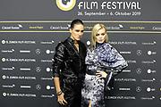 Tamy Glauser und Dominique Rinderknecht (re.) auf dem Grünen Teppich beim 15th Zurich Film Festival. Zürich, 05. Oktober 2019.