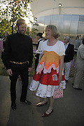 Stefano Pilati and Grayson Perry, The Summer Party sponsored by Yves St. Laurent. Serpentine Gallery. 11 July 2006. . ONE TIME USE ONLY - DO NOT ARCHIVE  © Copyright Photograph by Dafydd Jones 66 Stockwell Park Rd. London SW9 0DA Tel 020 7733 0108 www.dafjones.com