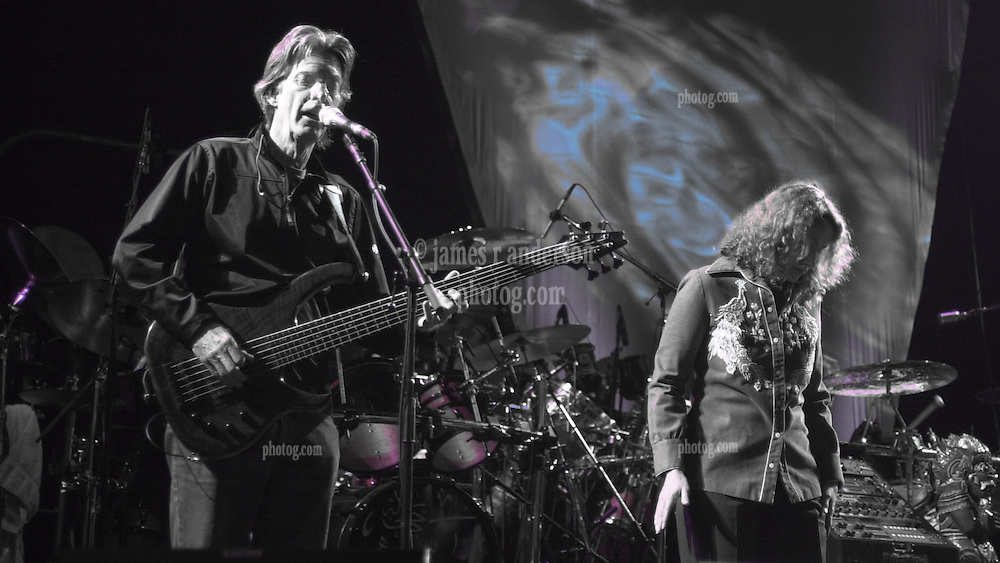 Phil Lesh and Joan Osborne performing with The Dead in concert at the Tweeter Center, Mansfield MA 22 June 2003