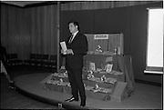 "17/09/1968<br /> 09/17/1968<br /> 17 September 1968<br /> Roma Foods launch new cookery competition at a reception in Liberty Hall, Dublin. The ""Great Pasta Recipe Competition"" was sponsored by Roma Food Products Ltd. in conjunction with Alitalia Airlines and the Italian State Tourist Office. Picture shows Mr D.J. Fitzpatrick, Sales Manager, Alitalia Airlines, speaking at the event. Roma Foods lancia una nuova competizione alla reception della Liberty Hall: 'La ricetta della miglior pasta"". L'immagine mostra il direttore delle vendite della compagnia aerea Alitalia parlare all'evento."
