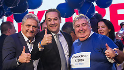 11.10.2015, FPÖ Festzelt, Wien, AUT, Wien-Wahl 2015, im Bild v.l.n.r. Bezirksrat Floridsdorf Karl Mareda, FPÖ Spitzenkandidat Heinz-Christian Strache und Bezirksvorsteher von Simmering Paul Stadler // during elcetion to the vienna city council at FPOe tent in Vienna, Austria on 2015/10/11, EXPA Pictures © 2015, PhotoCredit: EXPA/ Michael Gruber