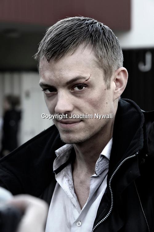 Angered 2011 10 11<br /> Filminspelning Snabba Cash 2<br /> Skådespelaren Joel Kinnaman<br /> <br /> <br /> FOTO JOACHIM NYWALL KOD:0708840825<br /> COPYRIGHT JOACHIMNYWALL.SE<br /> <br /> ****BETALBILD****<br />  <br /> Redovisas till: <br /> Joachim Nywall<br /> Strandgatan 30<br /> 461 31 Trollhättan<br />  Prislista: BLF, om ej annat avtalats