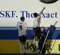 Photo: Marc Atkins.<br />Luton Town v Leeds United. Coca Cola Championship. 21/10/2006. Carlos Edwards celebrates scoring Luton Town's 5th goal.