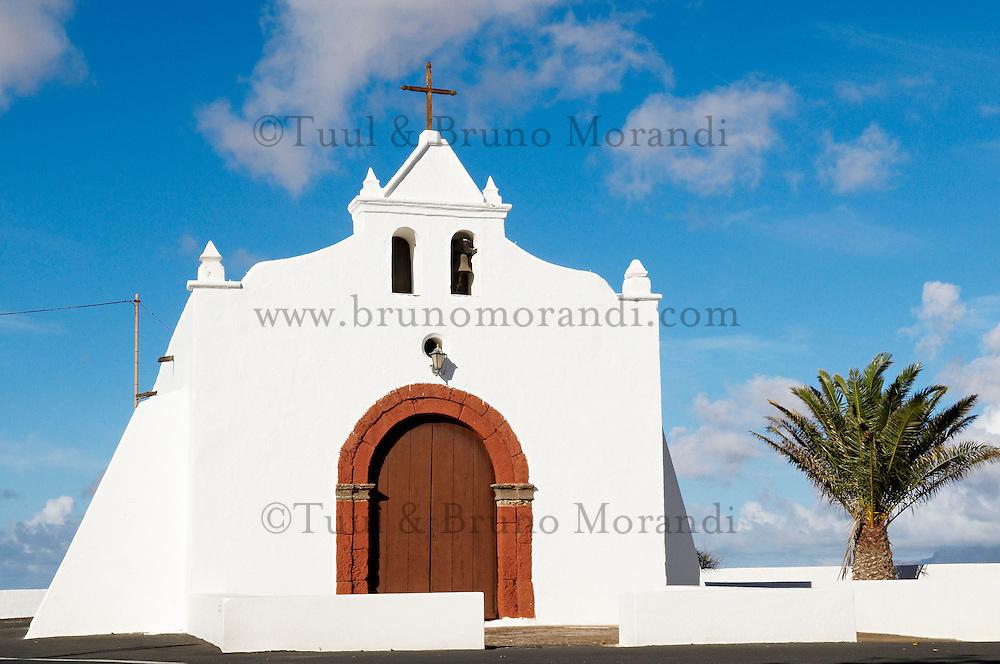 Espagne. Iles Canaries. Lanzarote. Eglise du village de Tiagua. // Spain. Canary islands. Lanzarote. Church of Tiagua village.