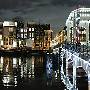 NLD/Amsterdam/20110103 - Amsterdam bij nacht, Magere Brug
