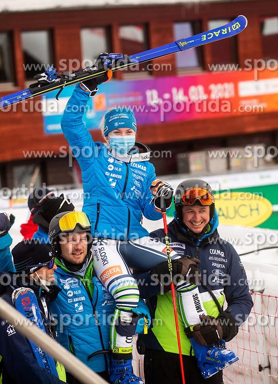 Jure Hafner Hefo, Matija Grasic, Meta Hrovat (SLO) and Robi Kristan celebrate during 2nd Run of Ladies' Giant Slalom at 57th Golden Fox event at Audi FIS Ski World Cup 2020/21, on January 17, 2021 in Podkoren, Kranjska Gora, Slovenia. Photo by Vid Ponikvar / Sportida