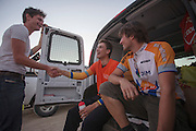 Jan Bos complimenteert Sebastiaan Bowier met zijn race op de laatste racedag van de WHPSC. In de buurt van Battle Mountain, Nevada, strijden van 10 tot en met 15 september 2012 verschillende teams om het wereldrecord fietsen tijdens de World Human Powered Speed Challenge. Het huidige record is 133 km/h.<br /> <br /> Jan Bos compliments Sebastiaan Bowier with his results on the last day of the WHPSC. Near Battle Mountain, Nevada, several teams are trying to set a new world record cycling at the World Human Powered Vehicle Speed Challenge from Sept. 10th till Sept. 15th. The current record is 133 km/h.