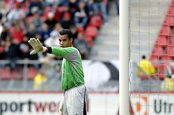 22-10-2006 VOETBAL: UTRECHT - DEN HAAG: UTRECHT<br /> FC Utrecht wint in eigenhuis met 2-0 van FC Den Haag / Michel Vorm<br /> ©2006-WWW.FOTOHOOGENDOORN.NL