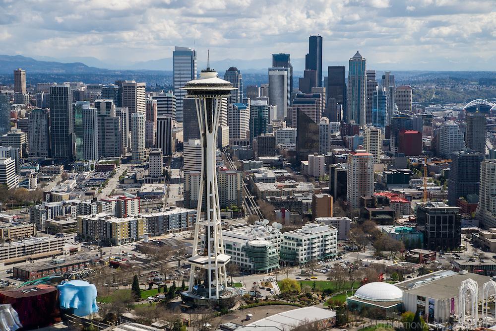 Space Needle & Seattle Skyline