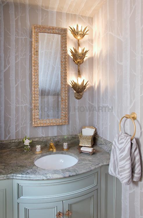 6594 McRaes Road, Warrenton VA Master Bathroom