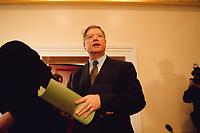 04 JAN 2000, BERLIN/GERMANY:<br /> Joachim Hörster, CDU, Parl. Geschäftsführer CDU/CSU Fraktion, während einer Pressekonferenz zum Geldtransfer an die CDU, Deutscher Bundestag, Unter den Linden 71<br /> IMAGE: 20000104-01/02-30<br /> KEYWORDS: Hoerster