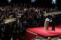 14 MAY 2006, BERLIN/GERMANY:<br /> Kurt Beck, SPD, desig. Parteivorsitzender, waehrend seiner Rede, a.o. SPD Bundesparteitag, Estrell Hotel<br /> IMAGE: 20060514-01-109<br /> KEYWORDS: Parteitag, party congress, Übersicht, Uebersicht, Delegierte, Journalisten, Fotografen