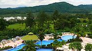 Piscina del Hotel Gamboa, Panama City.