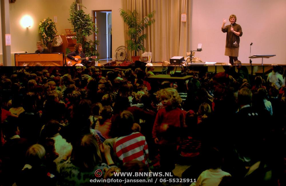 Kinderzendingsmiddag Arco en Elsa van Wessel Zenderkerk Huizen
