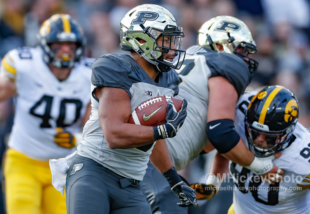 WEST LAFAYETTE, IN - NOVEMBER 03: Markell Jones #8 of the Purdue Boilermakers runs the ball during the game against the Iowa Hawkeyes at Ross-Ade Stadium on November 3, 2018 in West Lafayette, Indiana. (Photo by Michael Hickey/Getty Images) *** Local Caption *** Markell Jones