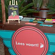 NLD/Amsterdam/20200220 - Bn'ers bij  aftrap campagne Lees voort!, Campagne Lees voort start in de Hortus Botanicus in Amsterdam