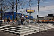 New York. Brooklyn . Red Hook ., The biggest IKEA shop in the world  the old docks are becoming a trendy area,  New York, Manhattan  United states / le quartier de Red Hook . Brooklyn , Le plus grand magasin IKEA du monde. les anciens docks au bord de la mer se transforment en quartier a la mode.  Manhattan, New York  Etats unis