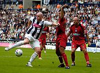 Photo: Ed Godden.<br />West Bromwich Albion v Colchester United. Coca Cola Championship. 19/08/2006. Albion's John Hartson has a shot.