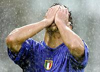 ◊Copyright:<br />GEPA pictures<br />◊Photographer:<br />Dominic Ebenbichler<br />◊Name:<br />Corradi<br />◊Rubric:<br />Sport<br />◊Type:<br />Fussball<br />◊Event:<br />Euro 2004, Europameisterschaft, EM, Italien vs Bulgarien, ITA vs BUL<br />◊Site:<br />Guimaraes, Portugal<br />◊Date:<br />22/06/04<br />◊Description:<br />Bernardo Corradi (ITA)<br />◊Archive:<br />DCSDE-220604718<br />◊RegDate:<br />22.06.2004<br />◊Note:<br />8 MB - MP/ RL -  Gemaess UEFA keine Nutzungsrechte für Mobiltelefone, PDAs und MMS- Dienste - no MOBILE - no PDAs - no MMS