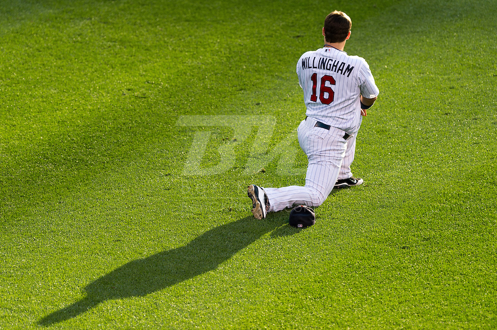 Josh Willingham (16) of the Minnesota Twins prepares before a game against the Tampa Bay Rays on August 10, 2012 at Target Field in Minneapolis, Minnesota.  The Rays defeated the Twins 12 to 6.  Photo: Ben Krause