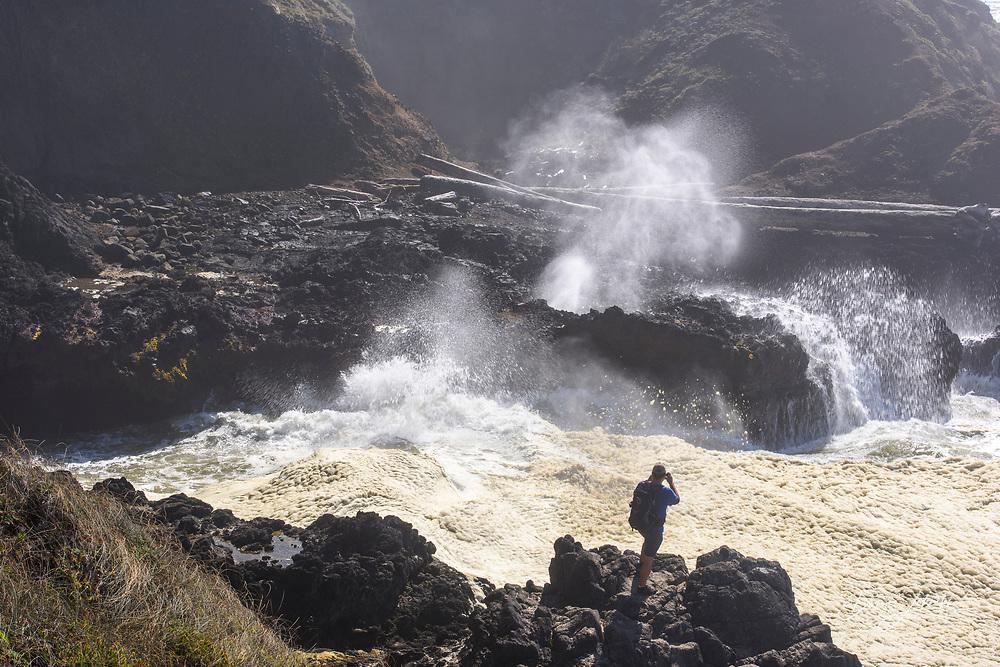 Spouting Horn blowhole, Cape Perpetua, Oregon, USA
