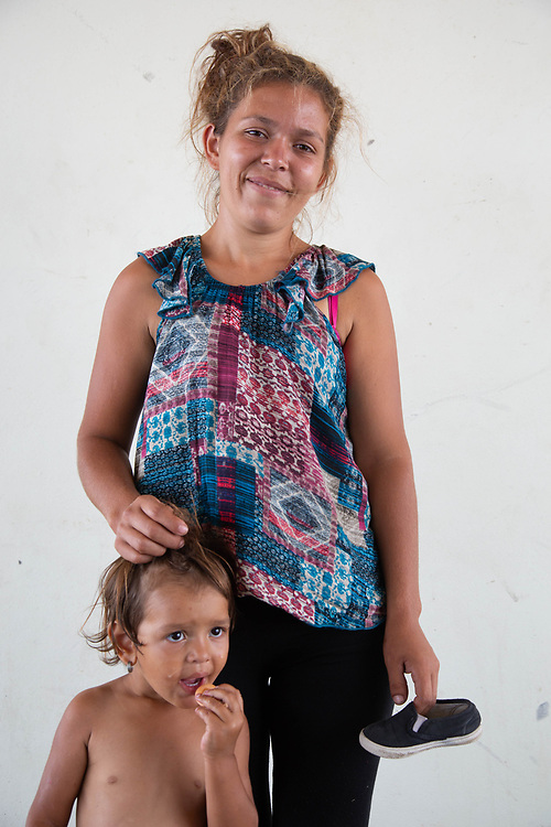 Women from Central America on the migrant caravan through southern Mexico