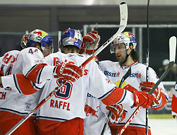 03.03.2011, Red Bull Eisarena, Salzburg, AUT, EBEL, EC Red Bull Salzburg vs HDD TILIA OLIMPIJA LJUBLJANA, Viertelfinale, Best of 7, Spiel 3, im Bild Raffl Thomas, Torjubel, Doug Lynch, (EC Red Bull Salzburg, Verteidiger, #44), EXPA Pictures © 2011, PhotoCredit: EXPA/ D. Scharinger