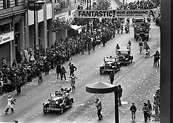 Oakland Athletics victory parade up Broadway in Downtown Oakland. The defeated the New York Mets in the 1973 World Series. (photo by Ron Riesterer)