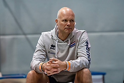07-05-2019 NED: Press moment national volleyball team Men, Arnhem<br /> Roberto Piazza, the new national coach of the Dutch men's team, gives an overview of the group matches of the Golden European League, the OKT and the European Championship played in their own country / Marko Klok, ass. coach Dutch women volleyball team