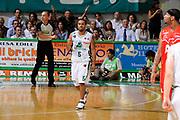 DESCRIZIONE : Siena Lega A 2008-09 Playoff Finale Gara 2 Montepaschi Siena Armani Jeans Milano<br /> GIOCATORE : Terrell Mc Intyre<br /> SQUADRA : Montepaschi Siena <br /> EVENTO : Campionato Lega A 2008-2009 <br /> GARA : Montepaschi Siena Armani Jeans Milano<br /> DATA : 12/06/2009<br /> CATEGORIA : esultanza<br /> SPORT : Pallacanestro <br /> AUTORE : Agenzia Ciamillo-Castoria/G.Ciamillo