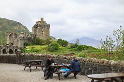 THEMENBILD - Blick auf das Eilean Donan Castle, bekannt aus den Hollywood Film Highlander, Loch Duich, Schottland, aufgenommen am 09. Juni 2015 // View of the Eilean Donan Castle, known from the Hollywood movie Highlander, Loch Duich, Scotland on 2015/06/09. EXPA Pictures © 2015, PhotoCredit: EXPA/ JFK