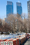 Central Park. New York, New York. United States..February 7th 2005..Installation of the project The Gates by Christo and Jeanne Claude..7503 gates, 16,4 feet high, on 22 miles in Central park, $ 21 millions, 750 employees.