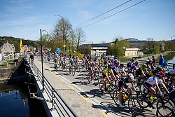 Roxane Knetemann (NED) in the bunch at La Flèche Wallonne Femmes 2018, a 118.5 km road race starting and finishing in Huy on April 18, 2018. Photo by Sean Robinson/Velofocus.com