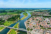 Nederland, Overijssel, Deventer, 17-07-2017; overzicht binnenstad Deventer met o.a. Lebuinuskerk, IJsselkade, Welle.  Brug over de IJssel, De Worp aan de overzijde van de rivier.<br /> Overview downtown Deventer, Deventer city centre.<br /> <br /> luchtfoto (toeslag op standard tarieven);<br /> aerial photo (additional fee required);<br /> copyright foto/photo Siebe Swart