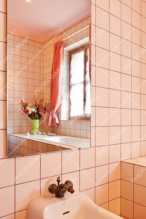 House interior, bathroom