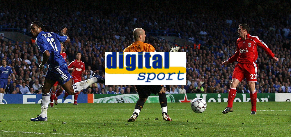 Photo: Paul Thomas.<br /> Chelsea v Liverpool. UEFA Champions League. Semi Final, 1st Leg. 25/04/2007.<br /> <br /> Didier Drogba (11) of Chelsea misses with great header chance at goal.