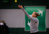 Shelby Rogers of the United States in action against Kamilla Rakhimova of Russia during the first round of the Roland Garros 2020, Grand Slam tennis tournament, on September 27, 2020 at Roland Garros stadium in Paris, France - Photo Rob Prange / Spain ProSportsImages / DPPI / ProSportsImages / DPPI