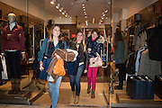 JEMIMA MAUNDER-TAYLOR; AMY MAUNDER-TAYLOR; HARRIET MAUNDER-TAYLOR, Tatler and Dubarry host an evening with Clare Balding, Dubarry of Ireland, 34 Duke of York's Sq. London. 13 October 2016.