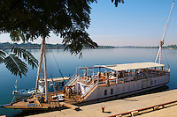Egypte, vallee du Nil, Croisiere sur le Nil, entre Louxor et Assouan au bord d'un bateau à voile Dahabieh, Lazuli // Egypt, cruise on the Nile river between Luxor and Aswan with Dahabieh type of boat, the Lazuli