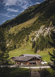 THEMENBILD - Aussenansicht der Palfner Alm, aufgenommen am 09. Spetember 2018 in Rauris, Österreich // Exterior view of the Palfneralm, Rauris, Austria on 2018/09/09. EXPA Pictures © 2018, PhotoCredit: EXPA/ JFK