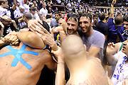 DESCRIZIONE : Forli DNB Final Four 2014-15 Gecom Mens Sana 1871 Eternedile Bologna<br /> GIOCATORE : Davide Lamma Fabio Bazzani <br /> CATEGORIA : esultanza postgame vip<br /> SQUADRA : Eternedile Bologna<br /> EVENTO : Campionato Serie B 2014-15<br /> GARA : Gecom Mens Sana 1871 Eternedile Bologna<br /> DATA : 13/06/2015<br /> SPORT : Pallacanestro <br /> AUTORE : Agenzia Ciamillo-Castoria/M.Marchi<br /> Galleria : Serie B 2014-2015 <br /> Fotonotizia : Forli DNB Final Four 2014-15 Gecom Mens Sana 1871 Eternedile Bologna