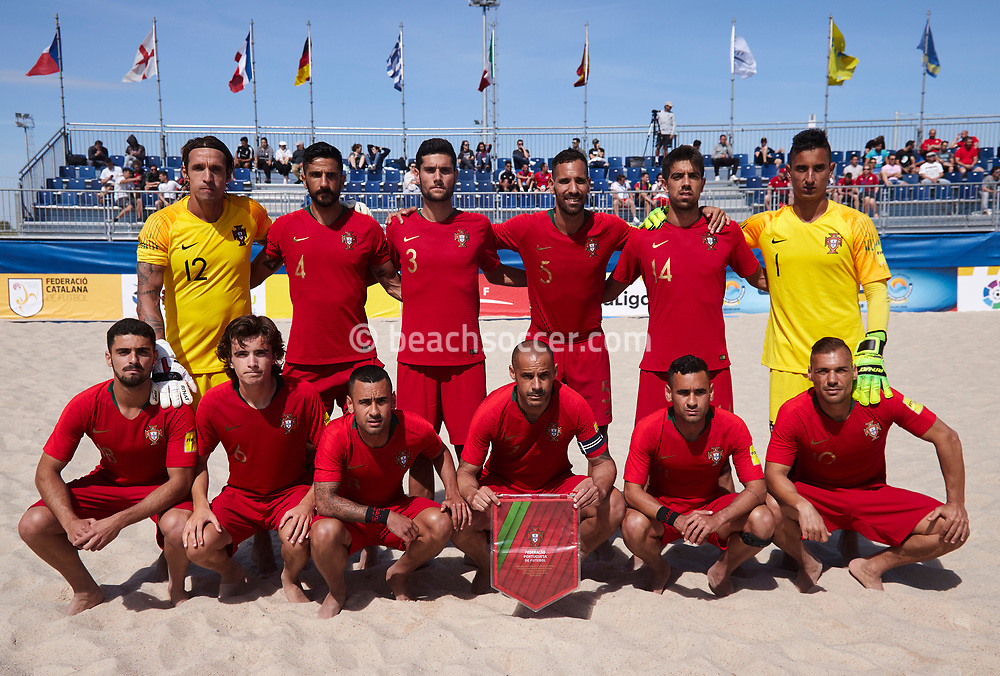SALOU, SPAIN - MAY 09:  Players of Portugal poses prior the World Beach Games-Europe Qualifier Salou match between Portugal and Kazakhstan at Sport Complex Futbol Salou on May 09, 2019 in Salou, Barcelona. (Photo by Pedro Salado)