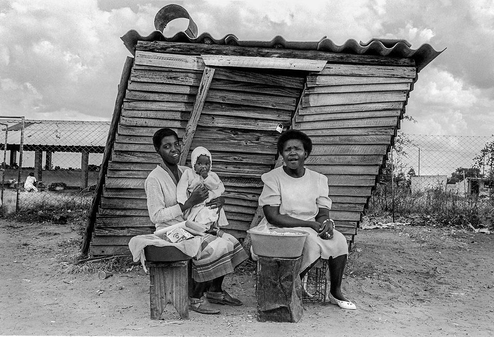 Crooked house, Zimbabwe