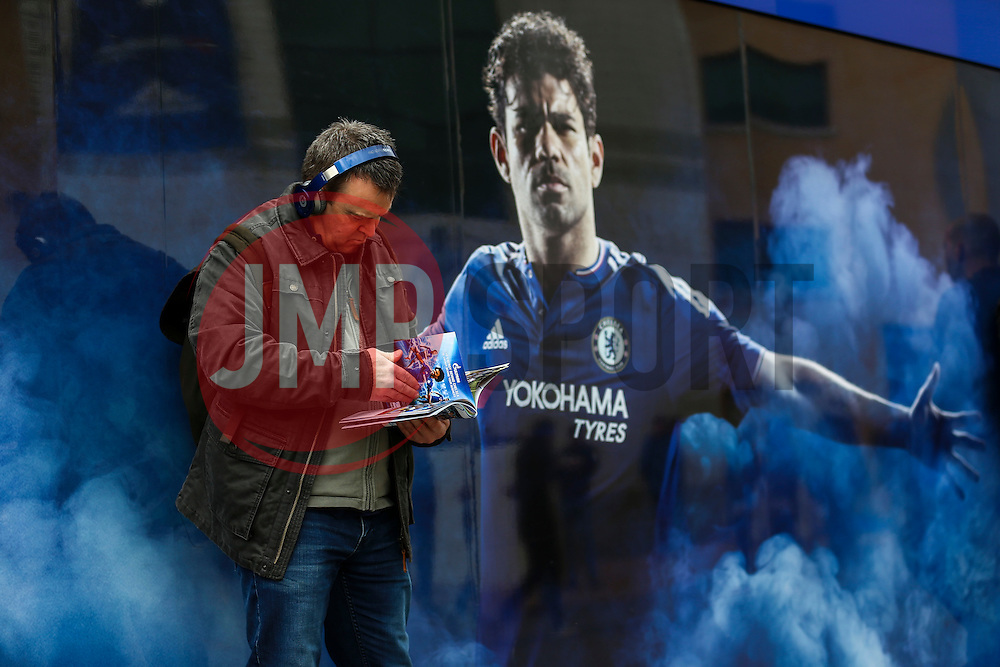 Chelsea fans arrive at Stamford Bridge - Mandatory byline: Jason Brown/JMP - 19/03/2016 - FOOTBALL - London, Stamford Bridge - Chelsea v West Ham United - Barclays Premier League